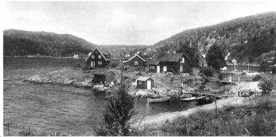 Dengang det var klopp og bro over til Husvikholmen.
