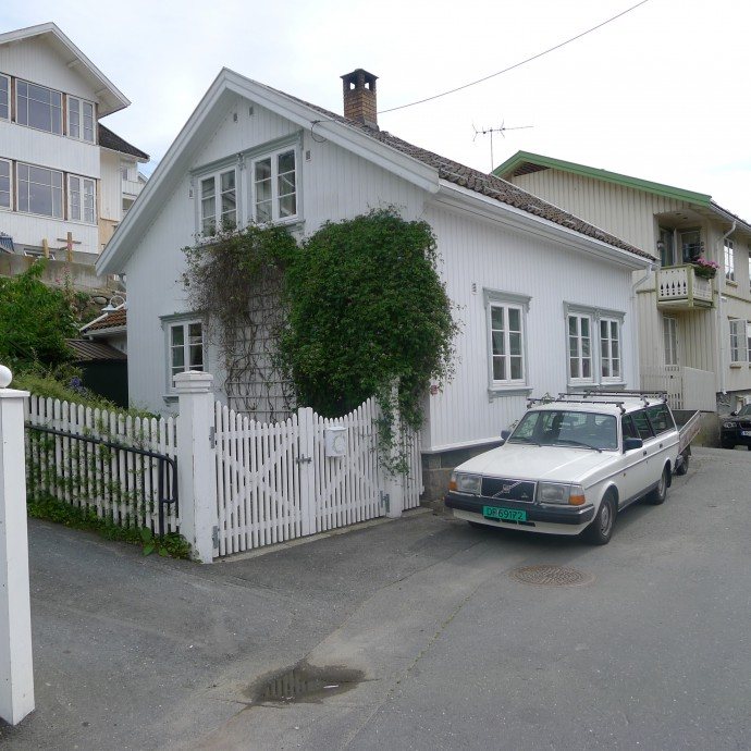 1988 Husvikveien 13