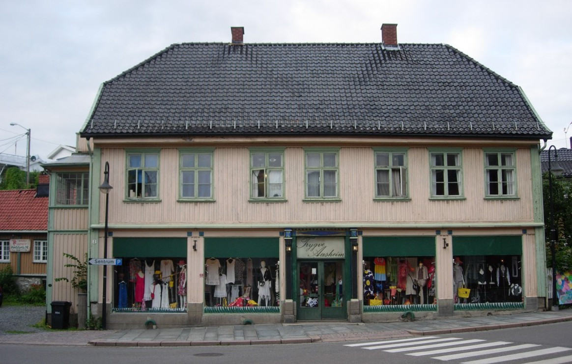 f inn Drøbak