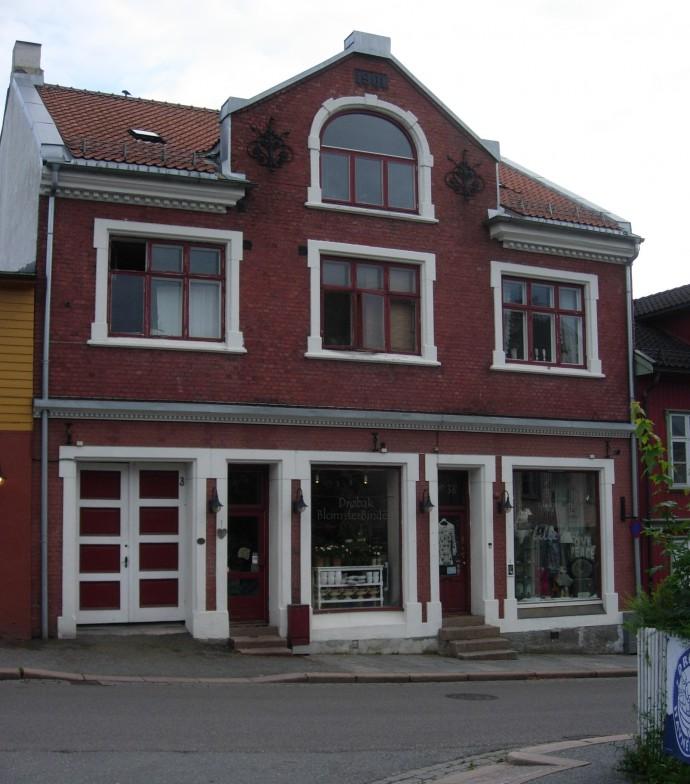 2008 Lindtruppbakken 3