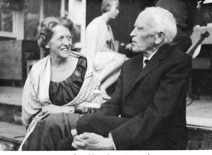 Fru Brun og mannen, professor Viggo Brun, i yngre dager.