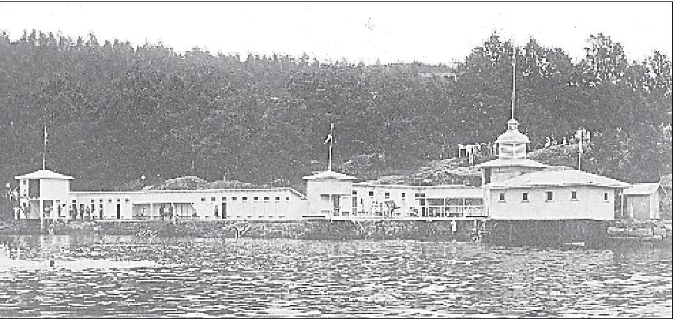 Badet etter at Herrebadet til venstre også var bygget. Det var i 1927.